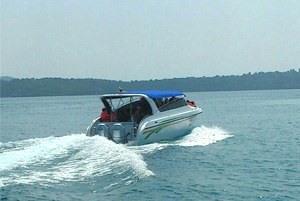 speed-boat-with-ko-kut-expr